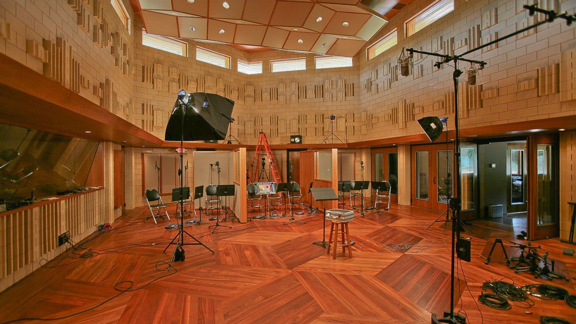 Home Ceiling Designs The Tracking Rooms Manifold Recording