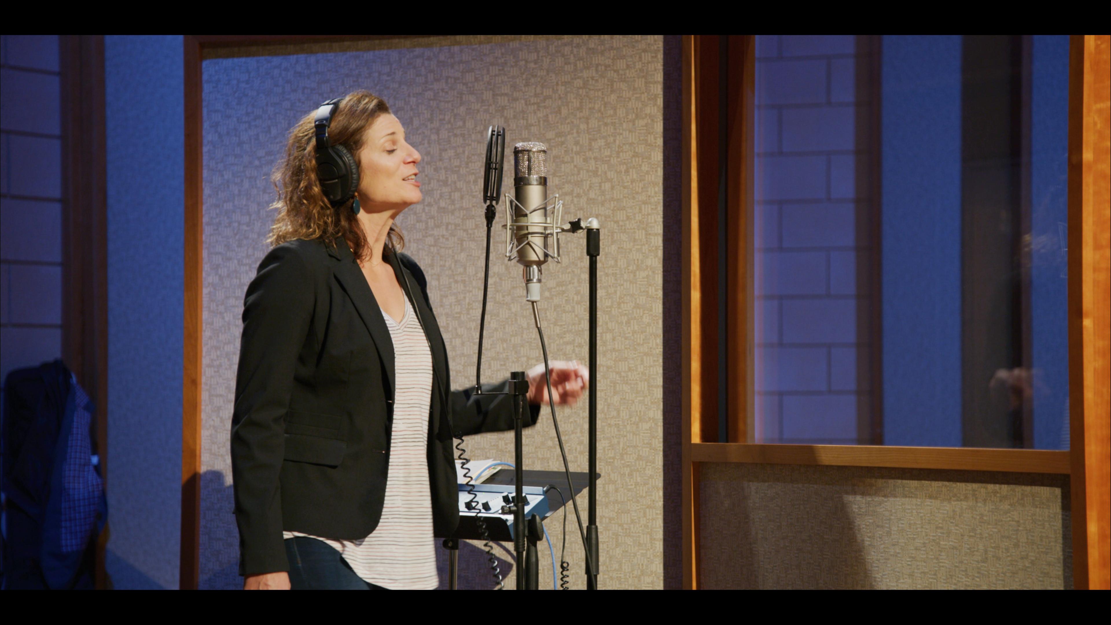 Pattie cuts vocals