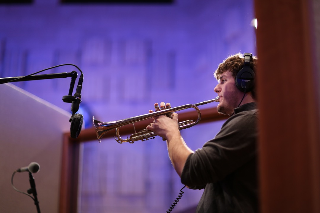 Tracking trumpets